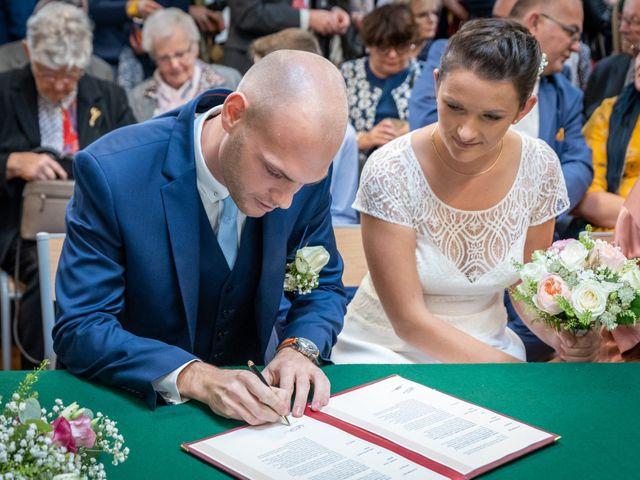 Le mariage de Benjamin et Odile à Caugé, Eure 37