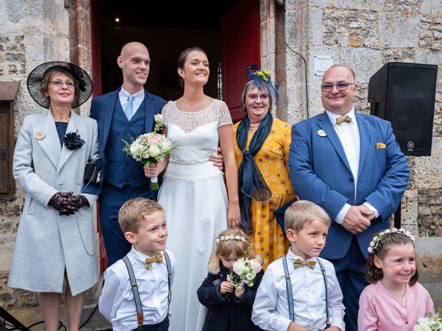 Le mariage de Benjamin et Odile à Caugé, Eure 55