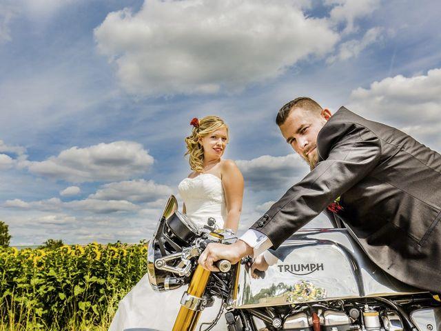 Le mariage de Alex et Anaïs à Mirecourt, Vosges 13