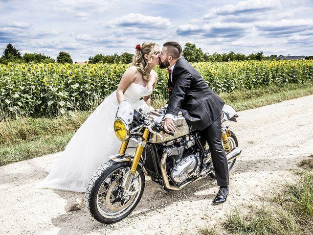 Le mariage de Alex et Anaïs à Mirecourt, Vosges 16