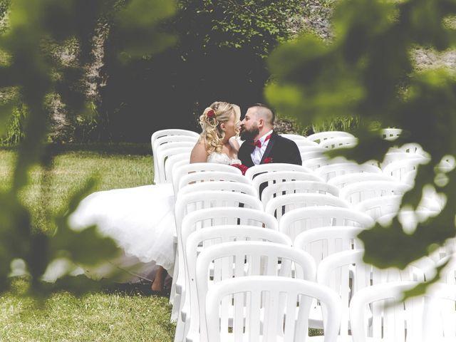 Le mariage de Alex et Anaïs à Mirecourt, Vosges 17