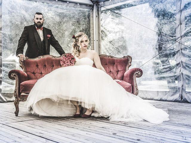 Le mariage de Alex et Anaïs à Mirecourt, Vosges 23