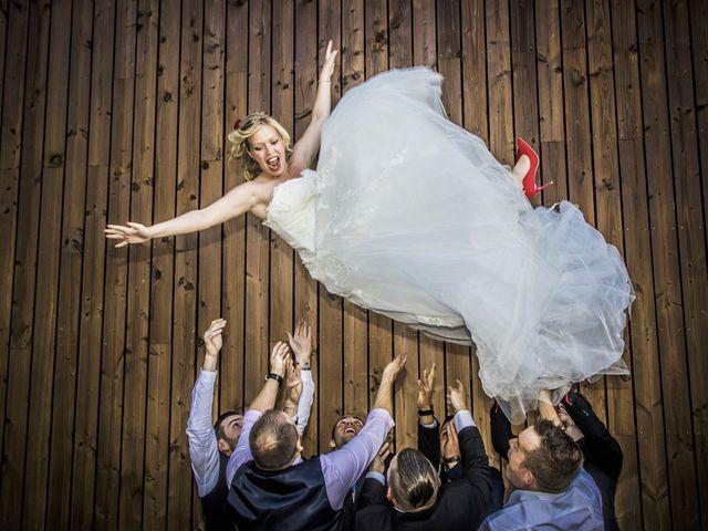 Le mariage de Alex et Anaïs à Mirecourt, Vosges 26