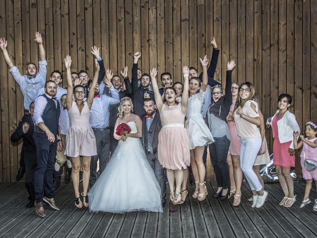Le mariage de Alex et Anaïs à Mirecourt, Vosges 28