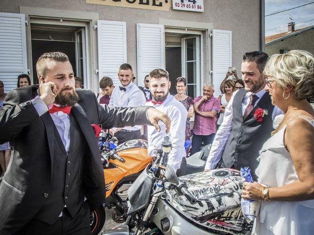 Le mariage de Alex et Anaïs à Mirecourt, Vosges 29