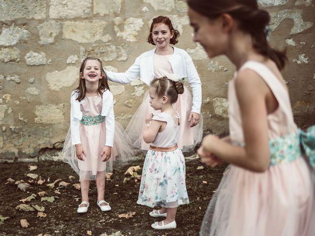Le mariage de Edouard et Gaelle à Saint-Laurent-des-Hommes, Dordogne 14