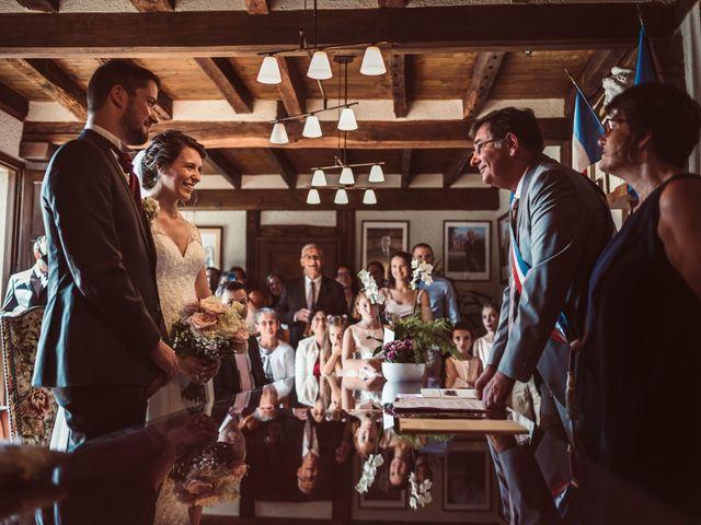 Le mariage de Edouard et Gaelle à Saint-Laurent-des-Hommes, Dordogne 16