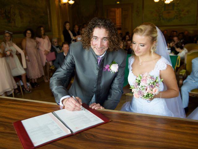 Le mariage de Jean-Charles et Julie à Giremoutiers, Seine-et-Marne 15