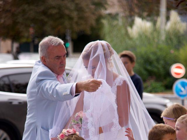 Le mariage de Jean-Charles et Julie à Giremoutiers, Seine-et-Marne 16