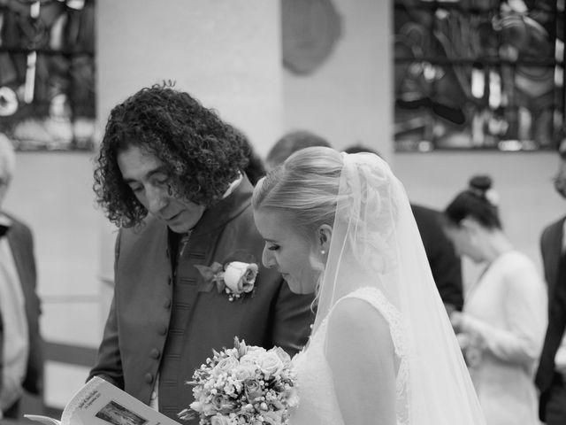 Le mariage de Jean-Charles et Julie à Giremoutiers, Seine-et-Marne 18
