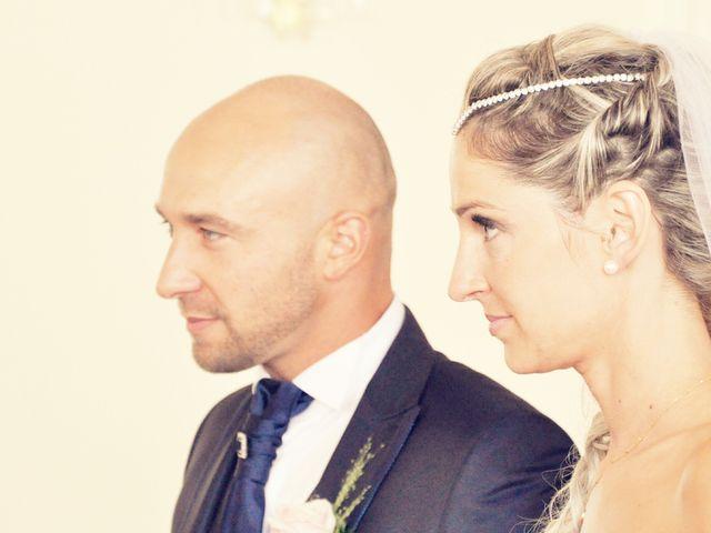 Le mariage de Betty  et Cyril  à Orgon, Bouches-du-Rhône 5