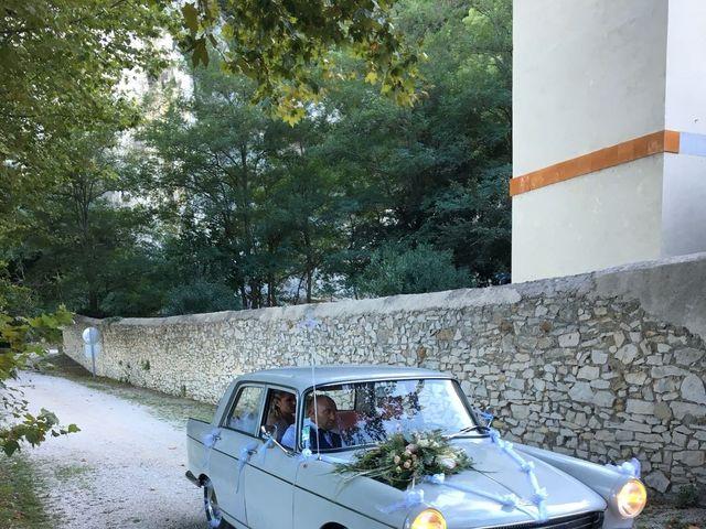 Le mariage de Betty  et Cyril  à Orgon, Bouches-du-Rhône 15