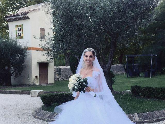 Le mariage de Betty  et Cyril  à Orgon, Bouches-du-Rhône 16