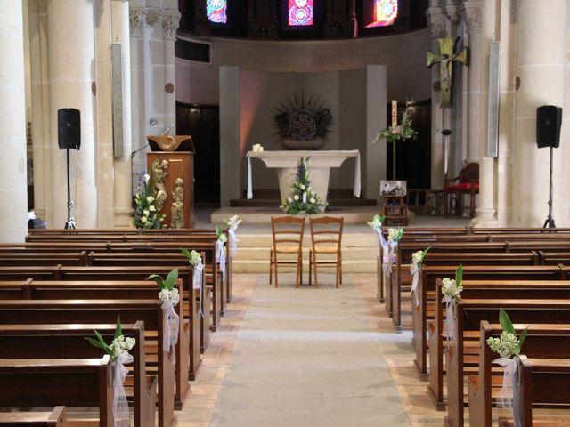 Le mariage de Timothée et Mathilde à Saint-Yan, Saône et Loire 7