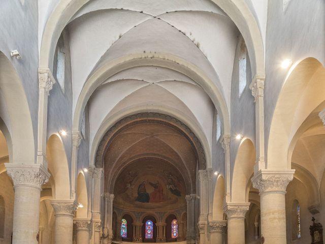 Le mariage de Timothée et Mathilde à Saint-Yan, Saône et Loire 8