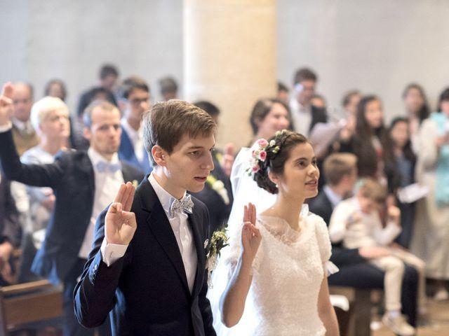 Le mariage de Timothée et Mathilde à Saint-Yan, Saône et Loire 13