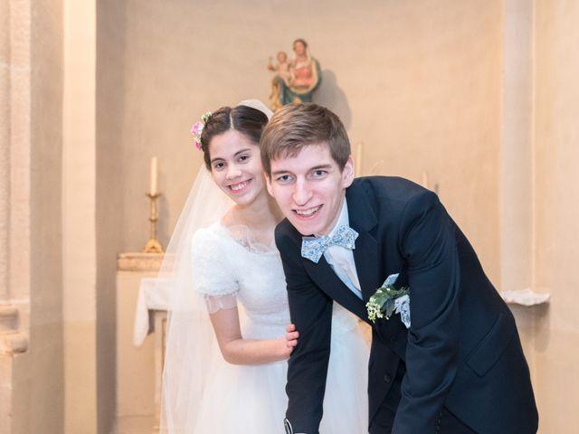 Le mariage de Timothée et Mathilde à Saint-Yan, Saône et Loire 14
