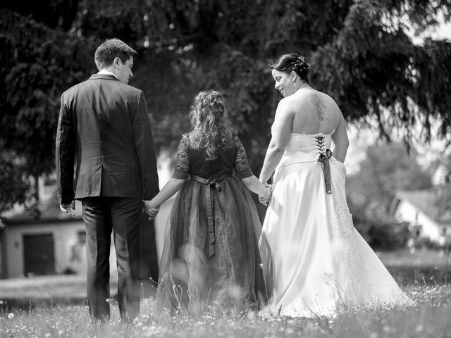 Le mariage de Julian et Kattel à Langensoultzbach, Bas Rhin 13