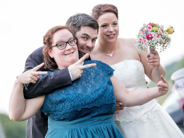 Le mariage de Julian et Kattel à Langensoultzbach, Bas Rhin 143