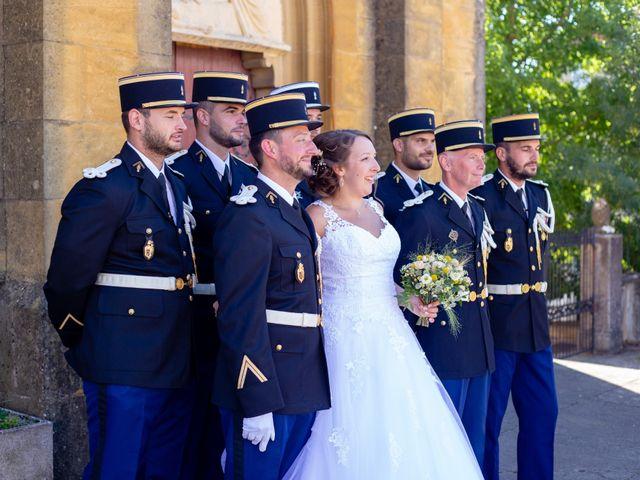 Le mariage de Camille et Justine à Roanne, Loire 59
