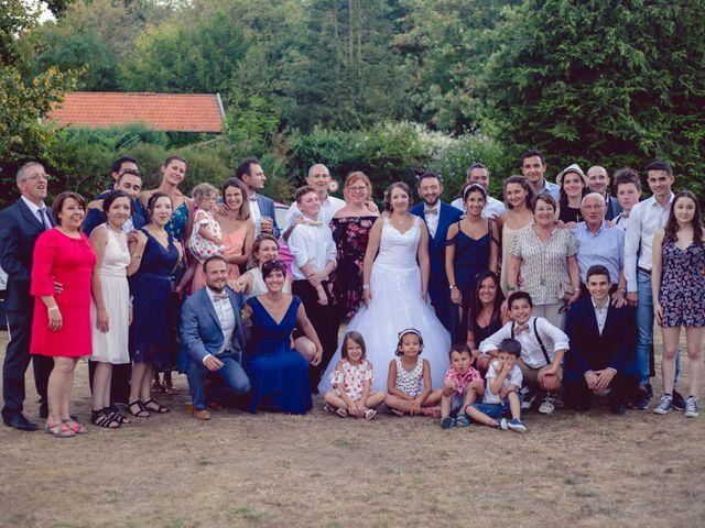 Le mariage de Camille et Justine à Roanne, Loire 89