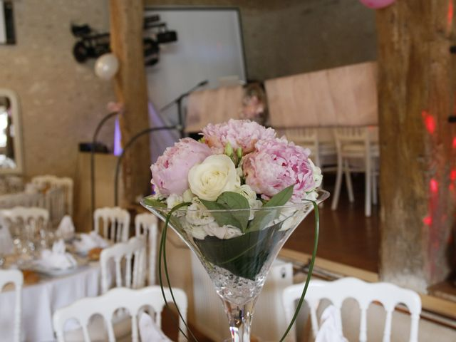 Le mariage de Jonathan et Audrey à Coussay-les-Bois, Vienne 49
