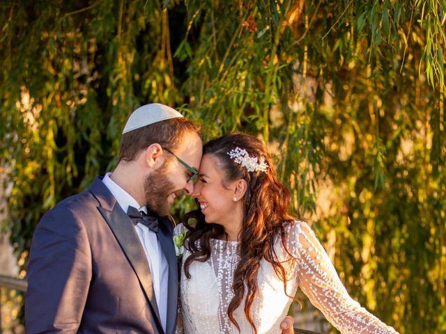 Le mariage de Sidney et Ora à Le Coudray-Montceaux, Essonne 13