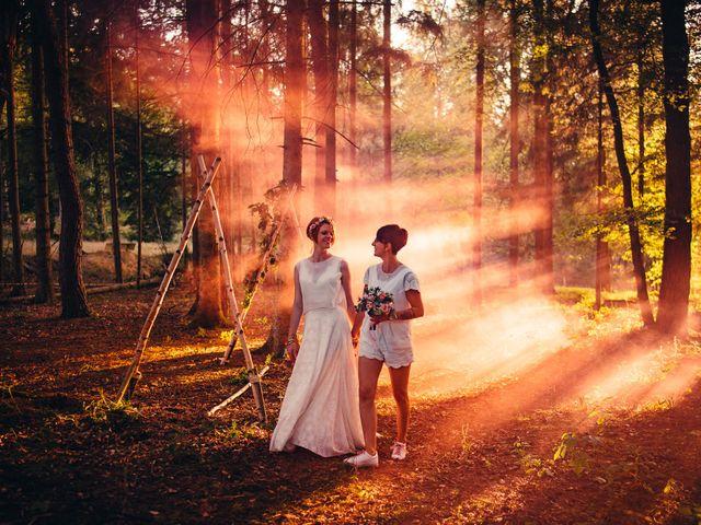 Le mariage de Capucine et Christelle à Erckartswiller, Bas Rhin 91
