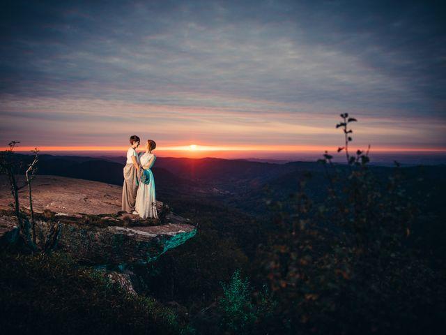 Le mariage de Capucine et Christelle à Erckartswiller, Bas Rhin 132