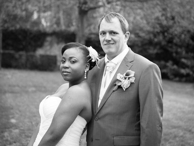 Le mariage de Guillaume et Sandrine à Fontenay-le-Fleury, Yvelines 23