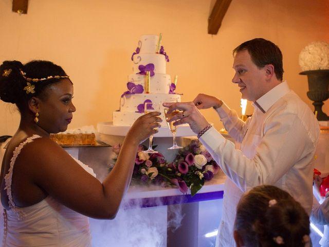 Le mariage de Guillaume et Sandrine à Fontenay-le-Fleury, Yvelines 40