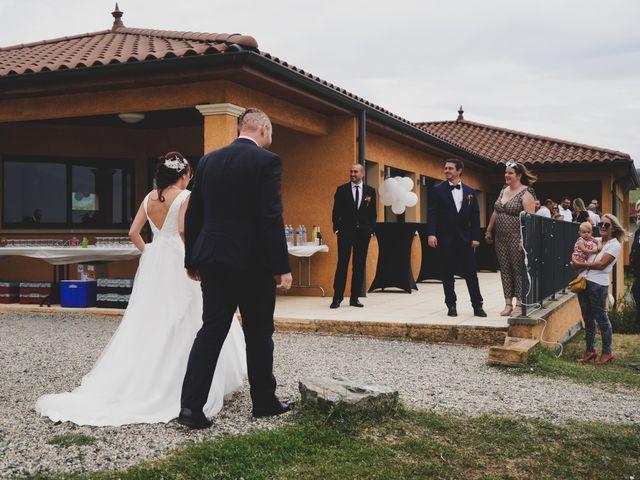 Le mariage de Chris et Amandine à Orliénas, Rhône 6