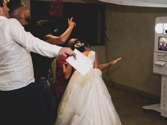 Le mariage de Chris et Amandine à Orliénas, Rhône 20