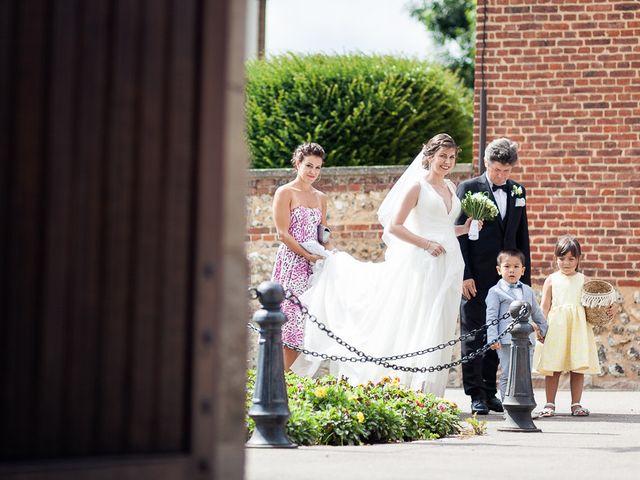 Le mariage de Renato et Ramona à Perriers-sur-Andelle, Eure 13
