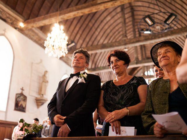 Le mariage de Renato et Ramona à Perriers-sur-Andelle, Eure 16