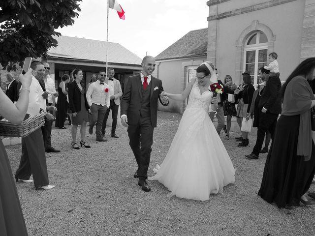 Le mariage de Fabrice et Ombeline à Mosles, Calvados 10