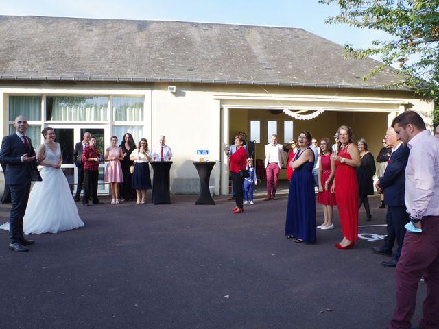 Le mariage de Fabrice et Ombeline à Mosles, Calvados 24