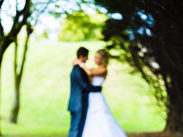 Le mariage de Hugo et Laura à Gravelines, Nord 12