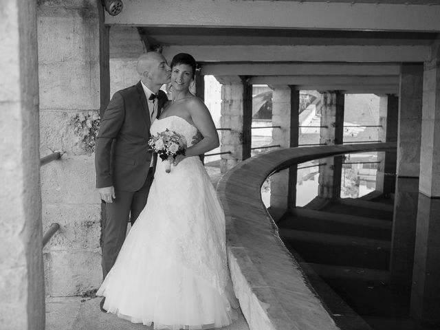 Le mariage de Philippe et Aurélie à Saint-Pierre-du-Mont, Landes 25