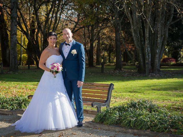 Le mariage de Philippe et Aurélie à Saint-Pierre-du-Mont, Landes 33