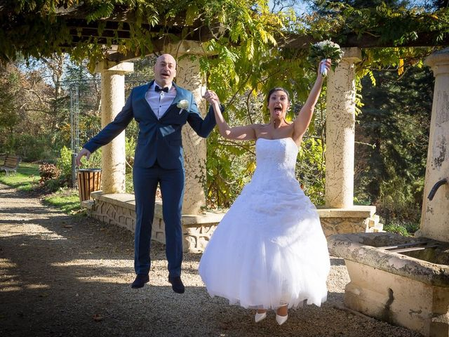 Le mariage de Philippe et Aurélie à Saint-Pierre-du-Mont, Landes 44
