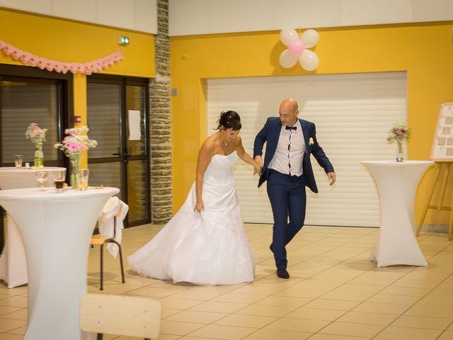Le mariage de Philippe et Aurélie à Saint-Pierre-du-Mont, Landes 63