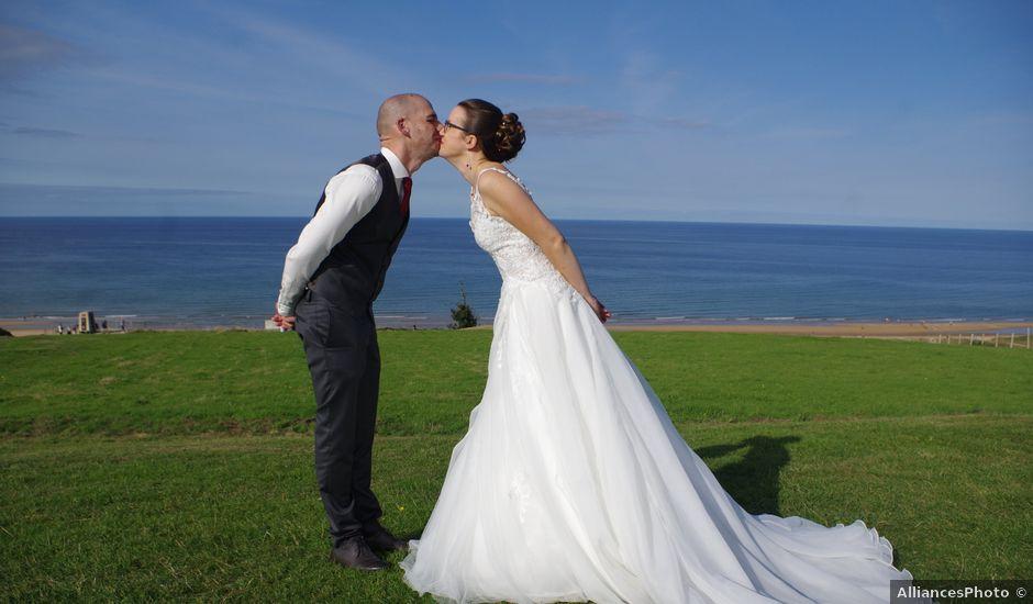 Le mariage de Fabrice et Ombeline à Mosles, Calvados