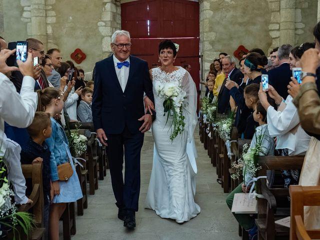 Le mariage de Fabrice et Sandrine à Commentry, Allier 23