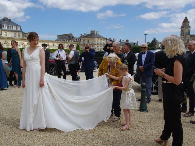 Le mariage de Benoît et Clémentine à Caen, Calvados 8