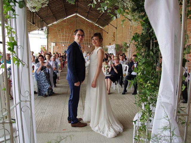 Le mariage de Benoît et Clémentine à Caen, Calvados 27