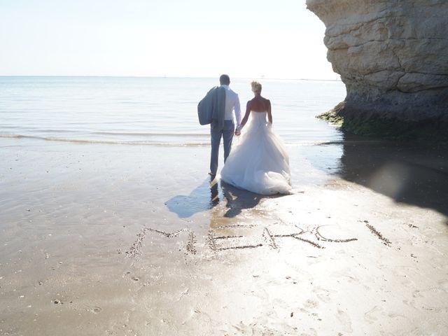 Le mariage de Cédric et Angélique à Meschers-sur-Gironde, Charente Maritime 11