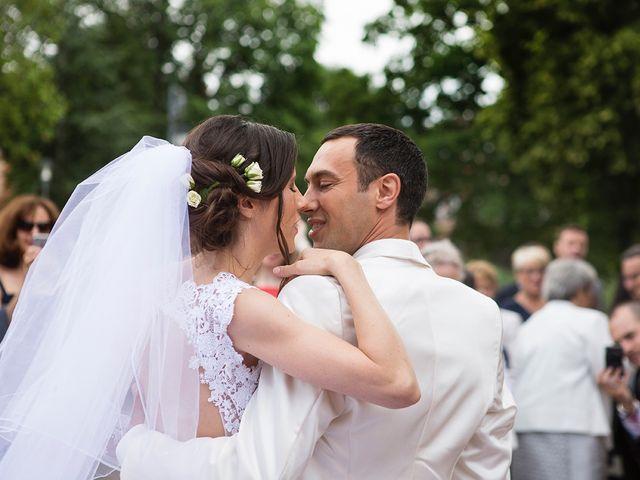 Le mariage de Sébastien et Sophie à Saint-Orens-de-Gameville, Haute-Garonne 4
