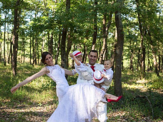Le mariage de Sébastien et Sophie à Saint-Orens-de-Gameville, Haute-Garonne 12