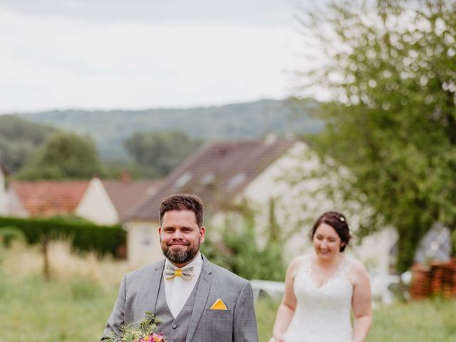 Le mariage de Dimitri et Laura à Chevincourt, Oise 25